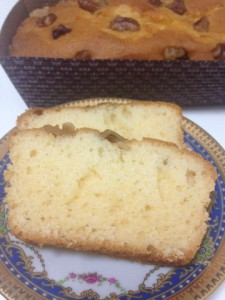 【1月後半のお菓子】埼玉のお土産。クルミ入りパウンドケーキ。
